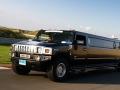 Zwarte hummer H2 limousine